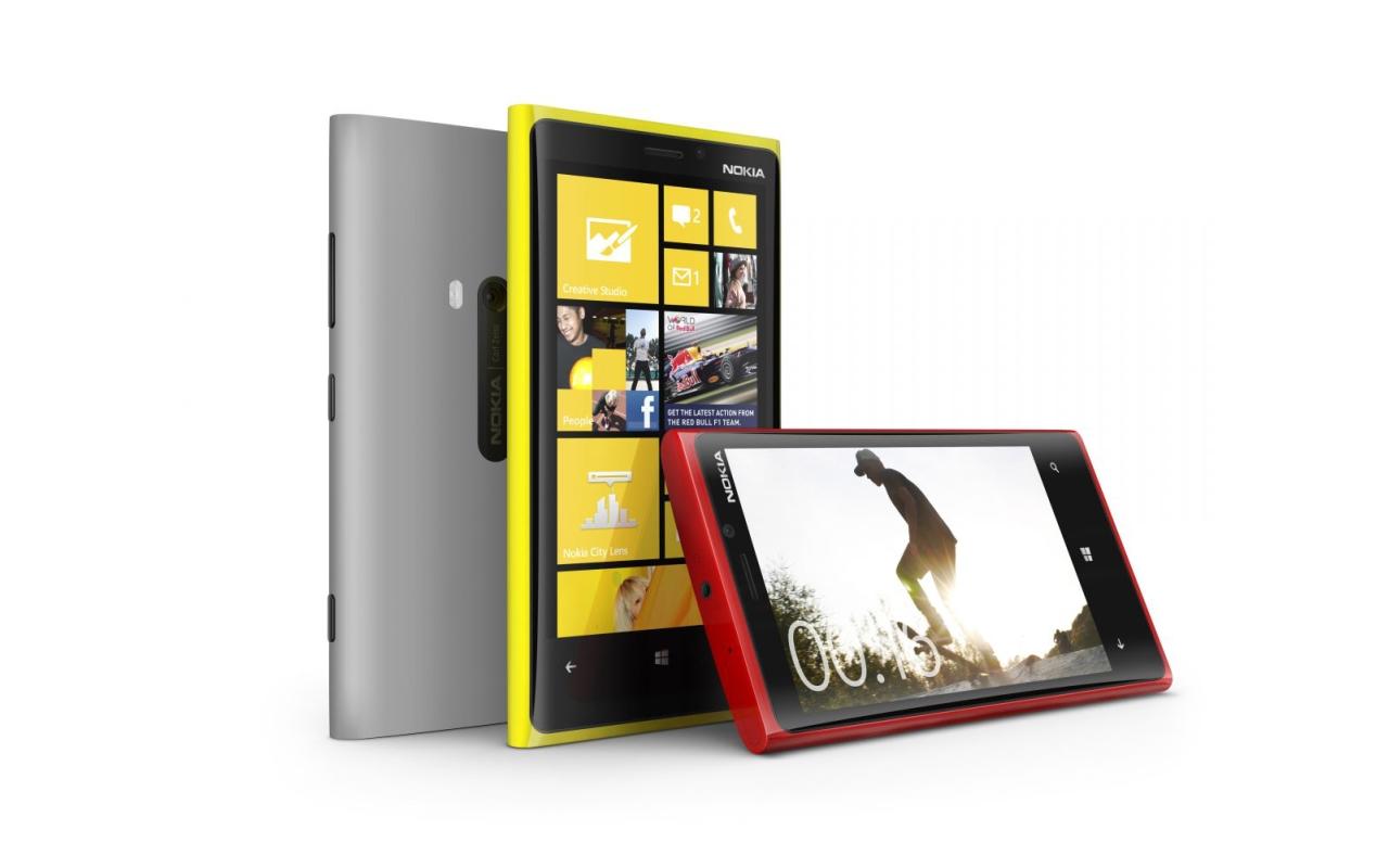 """Nokia avisa que concorrência tem que """"se preparar"""", no anúncio da série Lumia no Brasil"""