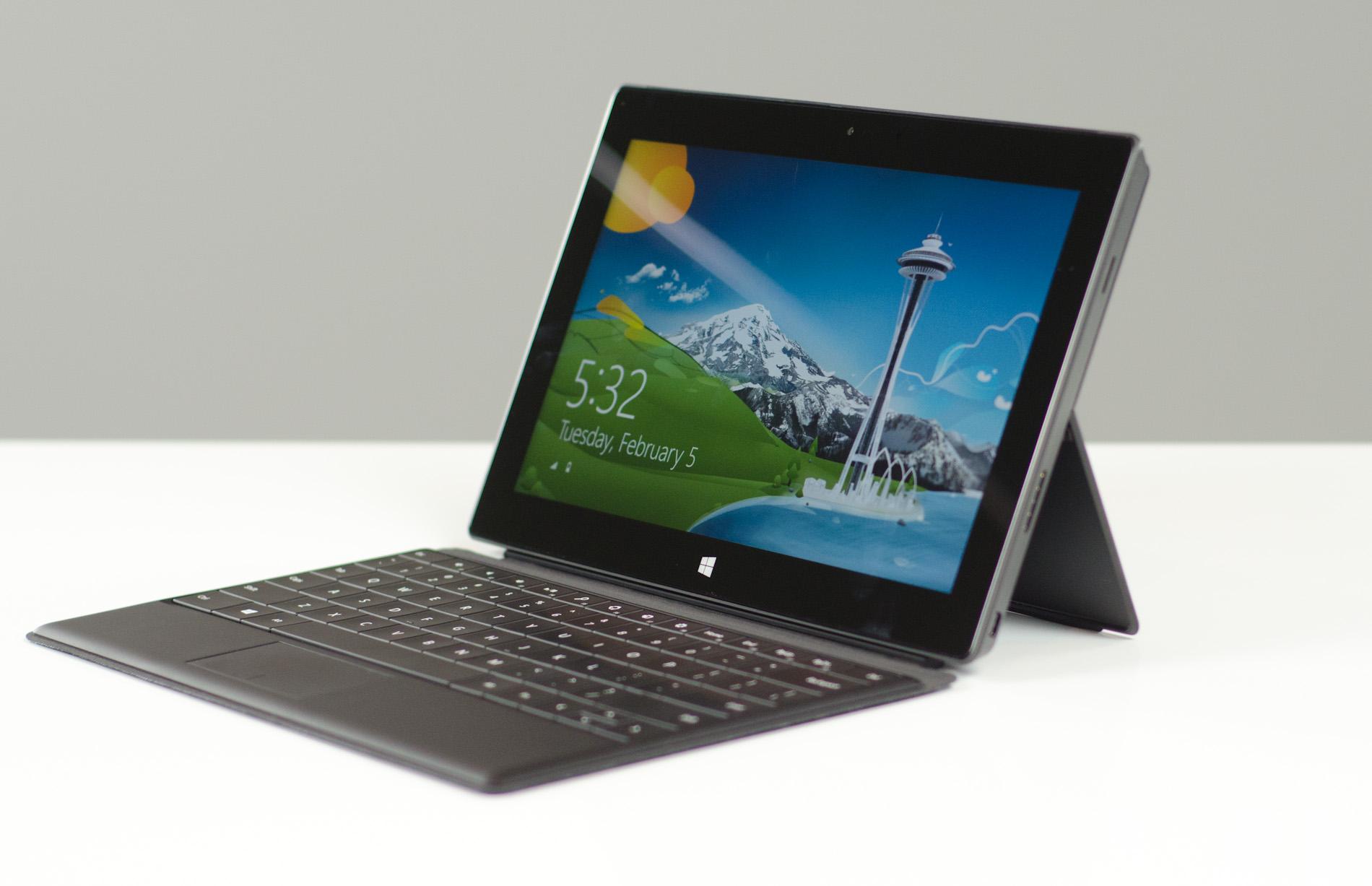Microsoft pôs bateria menor no Surface Pro para deixá-lo mais leve