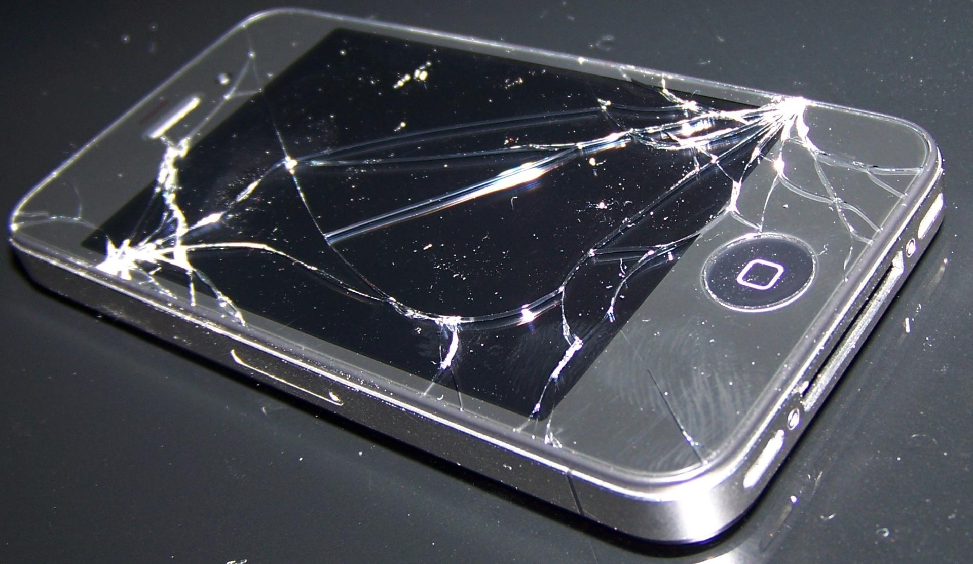 Ministério Público obriga Vivo a trocar iPhones com defeito, ou pagar multa de R$ 10 mil por dia