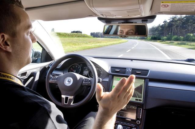 Piloto automático em carros, sim nós podemos!