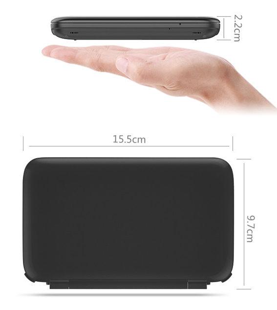 (O aparelho parece filho de um Notebook com um 3DS)