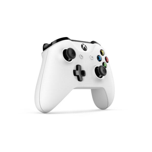 (A nova revisão do controle do Xbox One já conta com a tecnologia Bluetooth)