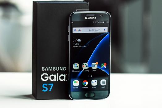 Samsung Galaxy S7 chega às lojas neste sábado